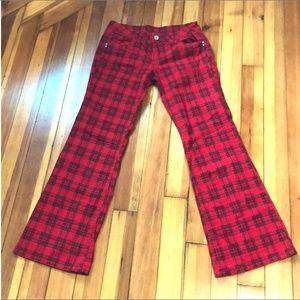 Almost Famous Red & Black Plaid Pants (Size 9)